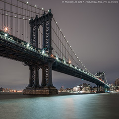 Manhattan Bridge (20170210-DSC04327) (Michael.Lee.Pics.NYC) Tags: newyork eastriver esplanade manhattanbridge twobridges dumbo night longexposure cloudy architecture cityscape sony a7rm2 zeissloxia21mmf28
