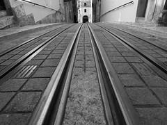 Lisbon 2015 (hunbille) Tags: street portugal de lisbon tram da rua alto narrow elevador bairro duarte funicular belo bairroalto elevado bica ruadabicadeduartebelo