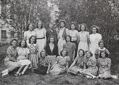 Norra ngby Folkskola, klass 8, vrterminen 1941 (Olle Sundh) Tags: stockholm norra skola klass bromma svv skolfoto ngby folkskola skolbarn vultejusvgen