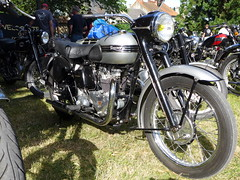 Triumph T100 Tiger 100 1952 500cc OHV (Michel 67) Tags: classic vintage motorbike moto motorcycle ancienne motocicleta motorrad motocicletta motociclette classik