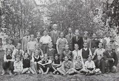 Norra ngby Folkskola, klass 6, vrterminen 1941 (Olle Sundh) Tags: stockholm norra skola klass bromma svv skolfoto ngby folkskola skolbarn vultejusvgen