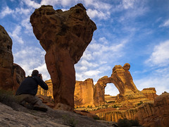 Photographing Molar Rock & Angel Arch (xjblue) Tags: morning rock angel photography utah sandstone arch backpacking canyonlandsnationalpark canyonlands redrock span saltcreek molar naturalarch