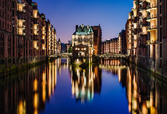 IMG_8058_web - Wasserschloss Hamburg (AlexDROP) Tags: city travel urban colour architecture night germany postcard famous hamburg best canon5d scape picturesque iconic hdr mustsee 2013 ef241054lis