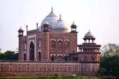 India - Uttar Pradesh - Agra - Taj Mahal - 14 (asienman) Tags: india uttarpradesh agra asienmanphotography tajmahal unescoworldheritagesite mughalarchitecture muslimart