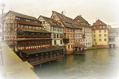 Petite France (Strasbourg, France) (armxesde) Tags: pentax ricoh k3 france frankreich strasburg strasbourg timberframed fachwerhäuser water wasser reflection petitefrance elsass alsace