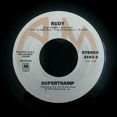 2017-01-04_03-12-18 (capleez) Tags: vinylrecords 45s supertramp