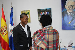 """Inauguración de la exposición """"Tierra Tricolor"""" de Julio Reyes • <a style=""""font-size:0.8em;"""" href=""""http://www.flickr.com/photos/136092263@N07/31714580774/"""" target=""""_blank"""">View on Flickr</a>"""