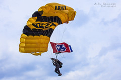 U.S. Army Golden Knights Parachute Team - Tennessee State Flag (J.L. Ramsaur Photography) Tags: goldenknights usarmygoldenknights armygoldenknights parachuteteam skydivingteam parachute skydiver knights redwhiteblue patrioticproud uppercumberlandairshow upperregionalairport airshow unitedstatesarmyteam aerialdemonstration teamstracblue tennesseestateflag stateoftennesseeflag tristar tennesseetristar tristaradventures jlrphotography nikond7200 nikon d7200 photography photo spartatn middletennessee whitecounty tennessee 2016 engineerswithcameras cumberlandplateau photographyforgod thesouth southernphotography screamofthephotographer ibeauty jlramsaurphotography photograph pic sparta tennesseephotographer spartatennessee bluesky deepbluesky beautifulsky whiteclouds clouds sky skyabove allskyandclouds