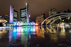 Day 18/365 (Lee Chu) Tags: project365 sel1018 sonynex6 toronto ontario canada cityhall nathanphillipssquare skating rink reflections winter colours