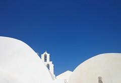 SANTORINI - (Grecia) (cannuccia) Tags: grecia santorini isole bianco bicolore curve geometrie campanili azzurro