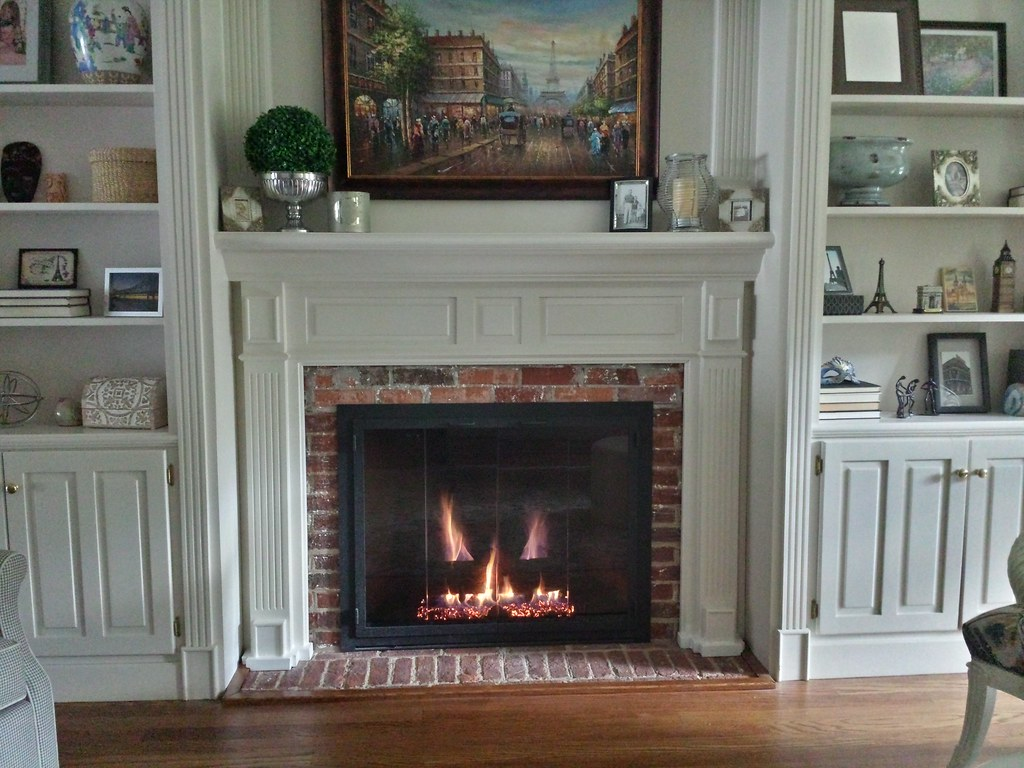 Design Specialties Carolina Glass Fireplace Doors. Chattanooga, Tn.
