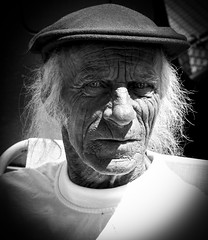 old and wise (konoli18) Tags: old portrait blackandwhite man alt grandpa wise mann schwarzweiss opa weise betagt weisermann