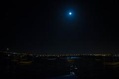 Sobre El puerto (ando083) Tags: moon luna coquimbo chile night noche