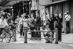 Different Point of View (Mario Rasso) Tags: mariorasso nikon tokyo tokio japon japan people street streetphotography urban urbano man blackandwhite blackwhite d800