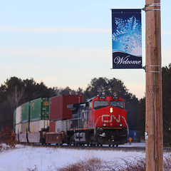 A banner day (view2share) Tags: ic2705 ic illinoiscentral ge generalelectric dash9 locomotive stacks stacktrain doublestack eastbound southbound cn canadiannational cold winter deansauvola wisconsin wi january162017 january2017 january 2017 railway railroading rr railroads railroad rail rails railroaders rring roadtrip train track trains transportation tracks transport trackage trees freight freighttrain superiorsub northwoods northernwisconsin northwood northwesternwisconsin solonsprings sauntry siding meet sign signage evening dusk