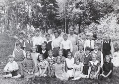 Norra ngby Folkskola, klass 4d, vrterminen 1938 (Olle Sundh) Tags: stockholm norra skola klass bromma svv skolfoto ngby folkskola skolbarn vultejusvgen