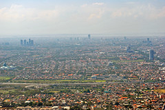 Surabaya (Everyone Shipwreck Starco (using album)) Tags: city skyline aerialview aerial kota surabaya cakrawala fotoudara