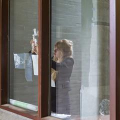 C. (Pascal Heymans) Tags: fotokunst jugend natuurlijklicht portrait portret portrt tageslicht femme frau jeugd jeune jeunesse jong joven jung juventud lumirenaturelle luznatural monumentaal mujer naturallight photo photography retrato vrouw woman young youth dworp vlaamsbrabant belgi