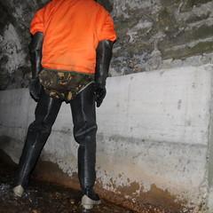 Bullseye-Kanal3113 (Kanalgummi) Tags: sewer exploration rubber waders gummi watstiefel bomber jacket bomberjacke gloves gummihandschuhe worker égoutier kanalarbeiter