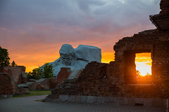 Сourage monument Мужество (tranqvilizator) Tags: courage monument sunset belarus brest brestfortress fortress мужество