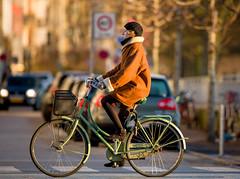 Copenhagen Bikehaven by Mellbin - Bike Cycle Bicycle - 2017 - 0010 (Franz-Michael S. Mellbin) Tags: accessorize biciclettes bicycle bike bikehaven biking copenhagencyclechic copenhagenize cyclechic cyclist cyklisme fahrrad fashion people street velo velofashion