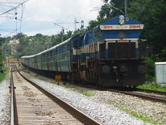 Tippu SF (B V Ashok) Tags: express superfast swr emd kjm 20046 tippu kengeri 12613 kgi mysorebangalore wdp4 myssbc