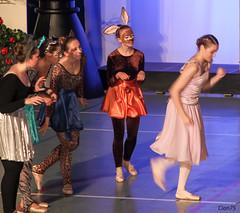IMG_6788 (francoisemartin75) Tags: costumes ballet alice danse grace beaut cole classique danseclassique marlyleroi aliceaupaysdesmerveilles