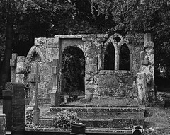 Blidworth Church Graveyard Folly (Benedictine1) Tags: bw cemetery architecture cross aap sacredspace year2015