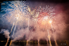 Feux d'Artifices sur l'Etang de Berre (A.G. Photographie (+ 100 000 vues)) Tags: ex nikon fireworks sigma fte martigues feuxdartifices d5000 vnitienne