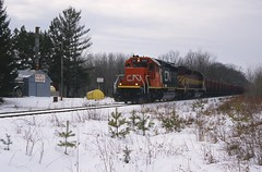 Sweet Wisconsin (Hoist!Man) Tags: railroad winter wisconsin cn train ic wc locomotive maplesyrup taconite minorca sd402 tonywi