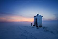 Lost in the fog (Mirek Pruchnicki) Tags: żurawica województwopodkarpackie polska chapel fog night landscape fields wyszatyce winter sky snow frost scenery pentax samyang14f28