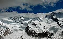 blue cloud window (werner boehm *) Tags: wernerboehm schweiz gletscher berge alpen gornergrat zermatt