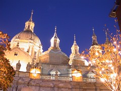Plaza El Pilar (Dario Traveso) Tags: espaa church architecture spain espanha basilica catedral iglesia zaragoza aragon spagna saragossa aragn caesaraugusta basilicadelpilar plazaelpilar dariotraveso spanha dariotravesoquelle delantedemiobjetivo