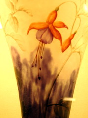 Fleur de saison (Tendance Flou) Tags: paris france flower forsale auction 19thcentury artnouveau vase fushia fushiaflower galle emilegalle tendanceflou
