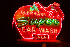 Super (bentilden) Tags: seattle pink usa elephant color sign topv111 night washington neon pentax carwash istdl