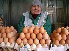 Krasnodar 2006 (JKEvgen) Tags: vacation woman market russia poultry eggs hatch krasnodar rynok