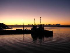 Sunset on the boat... (lRoda) Tags: sunset paran brasil ferry backlight canon boat barco prdosol gift s2 guaratuba 4pizon aleroda