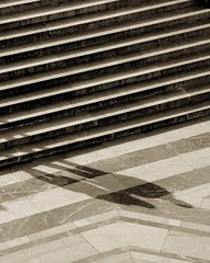 Ghost lovers (Pensiero) Tags: rome roma shadows steps marble persons altaredellapatria