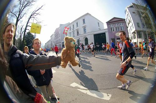 Am 26. April ist es wieder soweit: Hamburg läuft ©HamburgerJung/flickr.com
