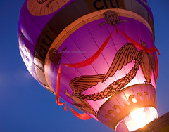 Hot Air Balloon at the Balloon Glimmer, part of the Kentucky Derby Festivities in Louisville, KY (joschmoblo) Tags: copyright festival d50 nikon kentucky hotair balloon hotairballoon louisville 18200 derby allrightsreserved 2007 kentuckyderby kentuckyderbyfestival joschmoblo christinagnadinger fleurdelouisville