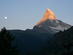 Sunrise on the Matterhorn (outdoorPDK) Tags: switzerland europe matterhorn eof