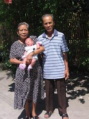 great_grandmother_father_w_charlize (Urijamjari) Tags: public gabi scrapbook print grandmother philippines great daughter grandfather gabrielle badge myfavs nabas charlize 26days