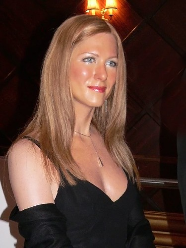 Jennifer aniston at madame tussauds in london
