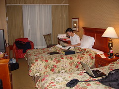 Hotel Room (mastermaq) Tags: travel toronto events conferences paramagnus mastermaq mesh06