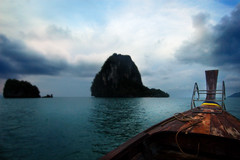 on the way to koh kai island pt2 (Nachosan) Tags: sea thailand island boat longtail splah nikonstunninggallery koyao kohkai