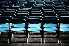 Empty (m4r00n3d) Tags: blue gardens nikon edinburgh chairs empty princesstreetgardens nikond50 moo nikkor