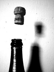 Cork popping