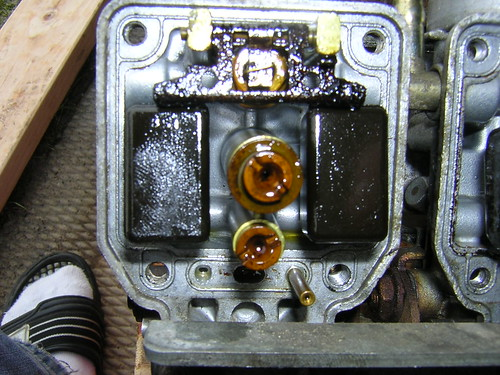 Hitachi carb insides gummed up