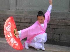 Wudang Wushu 5 (Konfusius) Tags: china posing wushu tempel oster wudang yrgen