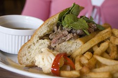 "Roast beef ""French Dip"""